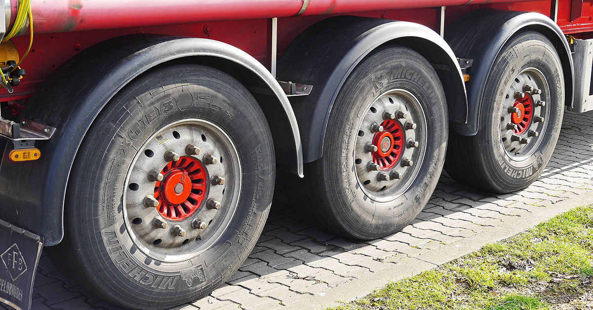 Charlotte Emergency Tire Replacement: 5 Warning Signs Not To Ignore